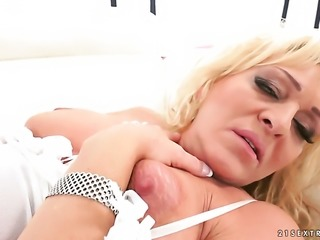 Mature gives it to lucky guy and makes him ejaculate