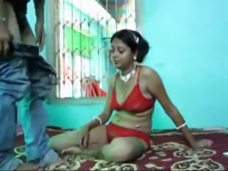 Indian bitch used in bedroom