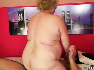 Blonde with massive melons gets turned on then skull fucked