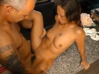 DeutschlandReport - Amateur couple Iris W. and Oliver W. in German porn...