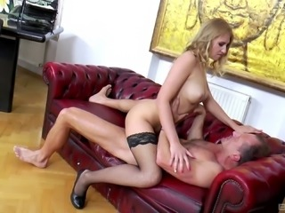 Milana Fox grabbed to have a reverse cowgirl on a chair