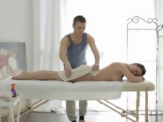 Fetching senorita gets both the massage and the rough anal poking