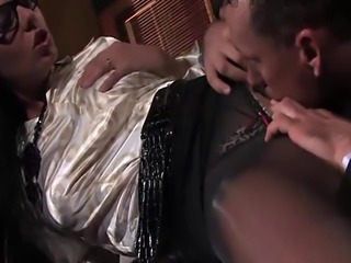 Kinky Simony gets nailed in the office
