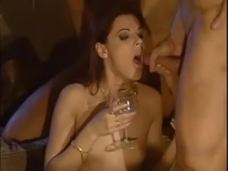 Pornoluver,s 3boys&1girl DP groupsex scene