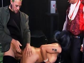Double Penetration on set