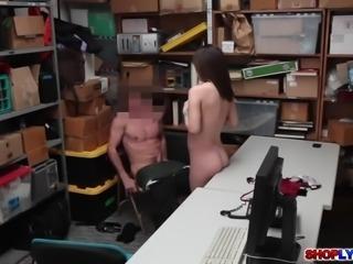 Tiny shoplifter Lily Jordan fucked the LP officer
