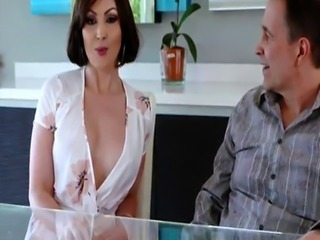 Fake taxi ebony sex and frozen anna first time Auntie To The Rescue