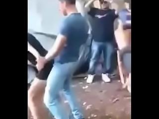 Puta perreando