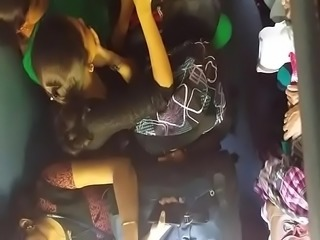 kerala college girl shows cleavage at train