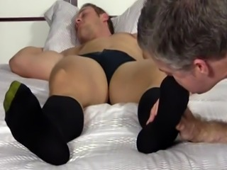 Straight boy feet free photos and gay male foot chat first time Sleepy