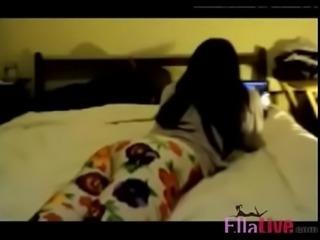 Teen Humps Bed - EllaLive.com