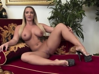 Hot foursome session with two stunning bitches