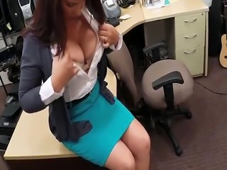 Big tits milf pawns her pussy and banged by pawn keeper