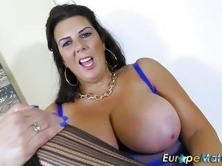 EuropeMaturE Busty Grandma Lulu Solo Masturbation
