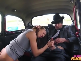 backseat blowjob from sexy female driver
