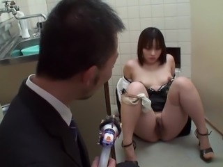 Sweet lips brunette deep throats cock in an office