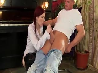 Kinky whore gets cumshot