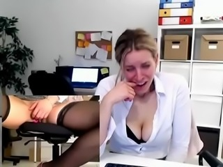 ❤ Milf Fucks Herself At Work ➤ Chat with her @ CUMCAM.COM