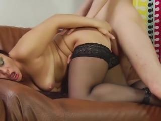 Watch Markinas Pussy Get Split