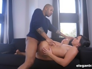 Alysa anal screwed with big black cock roughly in interracial scene