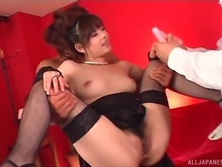 China Yuki's body is all hunks want to penetrate during a threesome