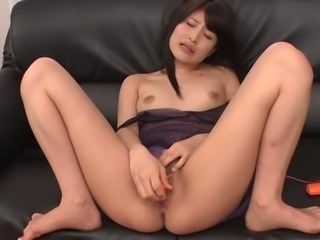 Oriental temptress Saki Kobashi knows how to give a nice blowjob