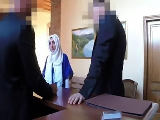 Arab mistress foot worship and amateur muslim creampie Meet fresh beau