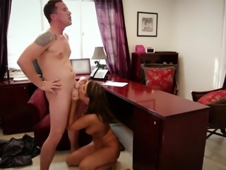August Ames' tight cunt is all a hunk wants to feel
