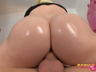 pervcity blonde anal slut alexis ford gives rimjob
