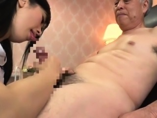 Amateur German cougar gives blowjob and rides a young cock