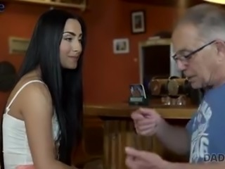 Naughty pub visitor Anna gets lured by old man and fucked hard