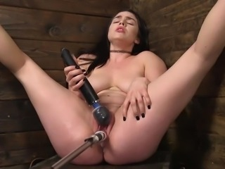 Raven is getting very loud down in the dungeon, but this time it's different....