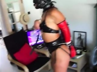 Mature euro amateur loves bdsm