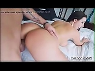 Big tits and fat booty of beautiful MILF