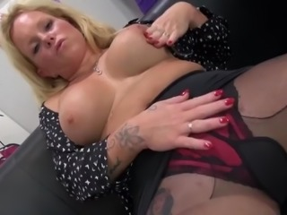 Modern german mother with hungry vagina