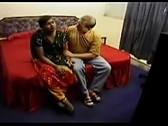 Desi girl fucked in the bath tube