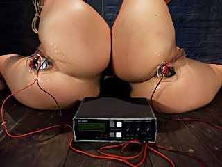 Gag slaves bdsm sybian stimulating test
