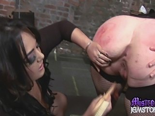Mistress Jemstone meets ultimate girl submissive Emma Seleste. She claims to...