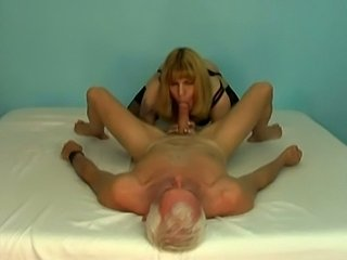 Cute crossdresser fucked by mature man