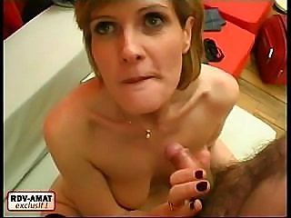 Sexy mom wouldn't mind being a dirty slut for a couple of hours