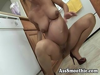 Ass smoothie- nancy vee pregnant pb  free