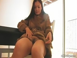 Aria giovanni - hairy first  free