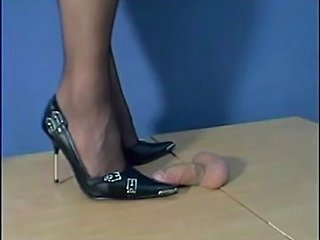 Sexy Black Pumps!